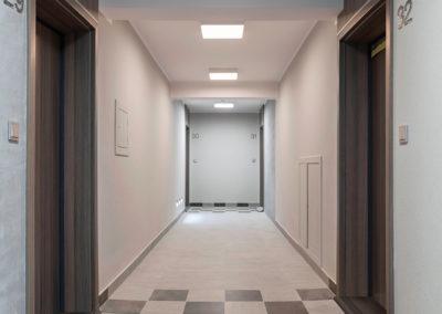 Instalacja oprawy oświetleniowej2